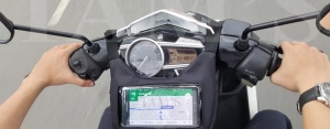 Túi treo xe máy có màn hình hiển thị (Tâm Bag)